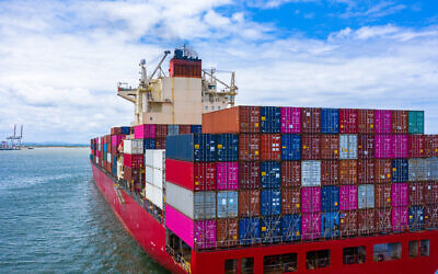 Illustrative image of freight, containers and shipping and cargo (AvigatorPhotographer; iStock by Getty Images)