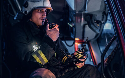 Illustrative image of a firefighter, emergency first responder (FXQuadro; iStock by Getty Images)