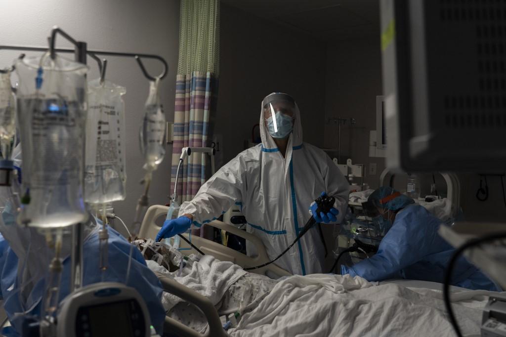 BioNTech founders warn of vaccine shortfall