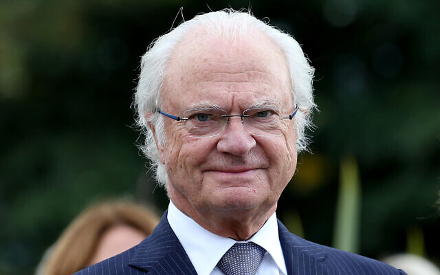 Sweden's King Carl XVI Gustaf is pictured during a visit at the Beaumont house in Pau, southwestern France, October 8, 2018. (AP Photo/Bob Edme)
