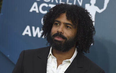 Daveed Diggs arrives at the 26th annual Screen Actors Guild Awards at the Shrine Auditorium & Expo Hall on Jan. 19, 2020, in Los Angeles. (Jordan Strauss/Invision/AP)