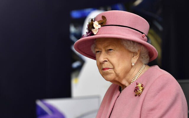 Britain's Queen Elizabeth II visits the Defence Science and Technology Laboratory (DSTL) at Porton Down, England, October 15, 2020. (Ben Stansall/ Pool via AP)
