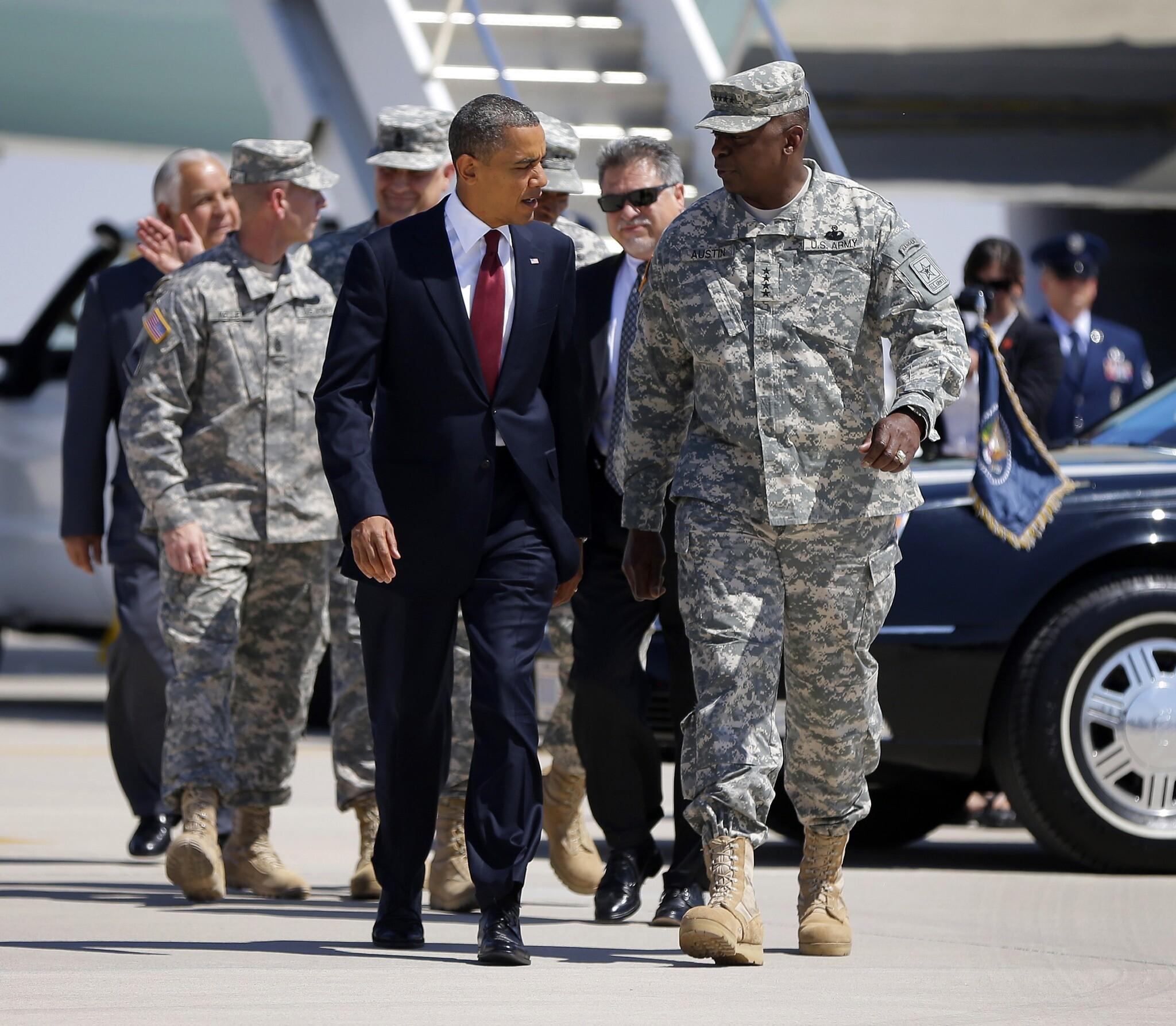 Lyold Austin : il devient le premier Afro-Américain à la tête du Pentagone