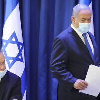 Prime Minister Benjamin Netanyahu and Defense Minister Benny Gantz, at the weekly cabinet meeting, at the Ministry of Foreign Affairs in Jerusalem on June 21, 2020. (Marc Israel Sellem/POOL)