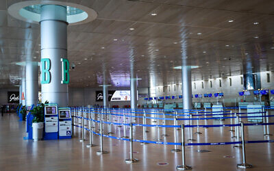 An empty departure hall at Ben Gurion Airport, on November 9, 2020. (Yossi Aloni/Flash90)