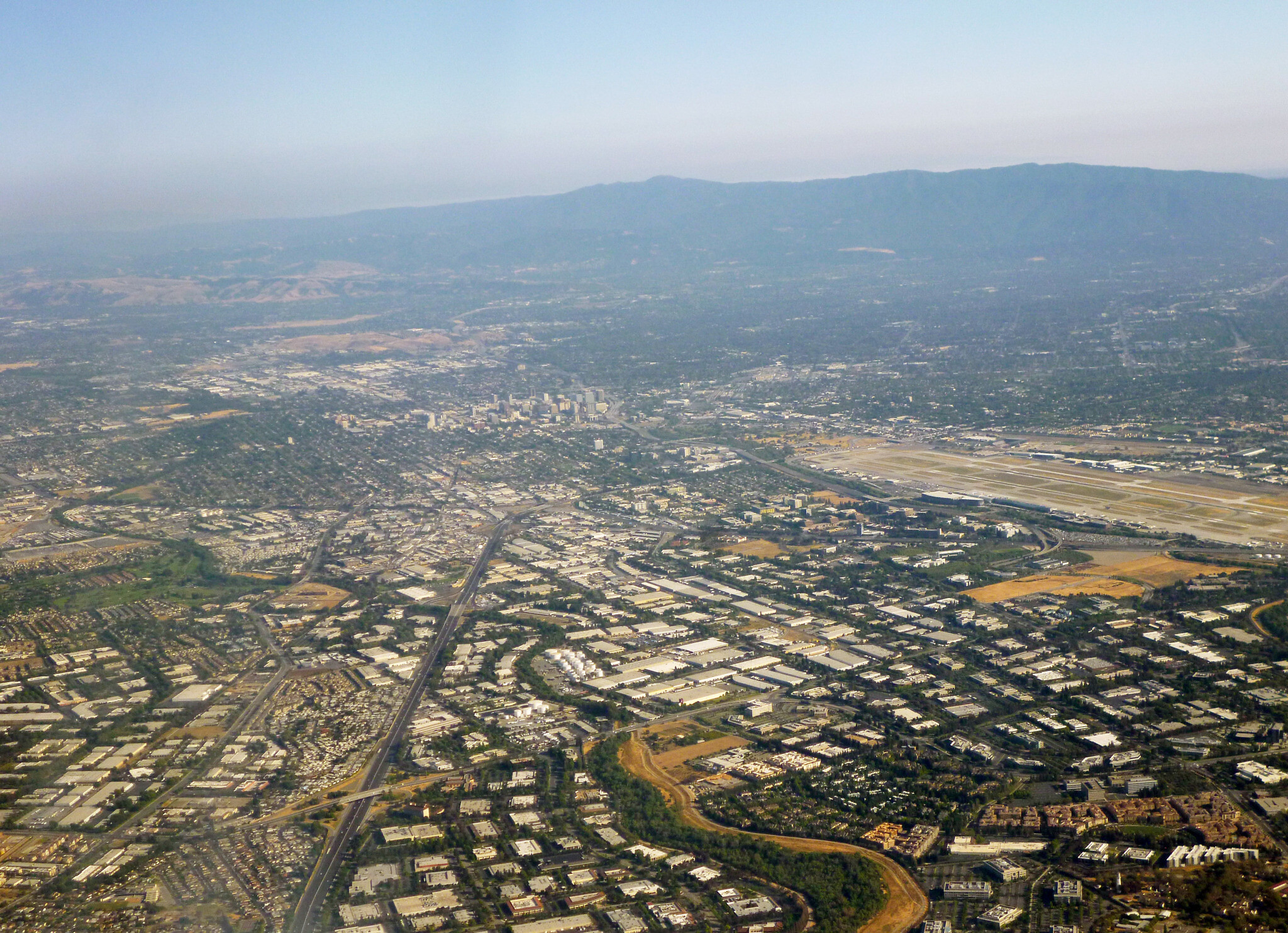 Tech stars quit Silicon Valley as pandemic ushers in shift to remote work