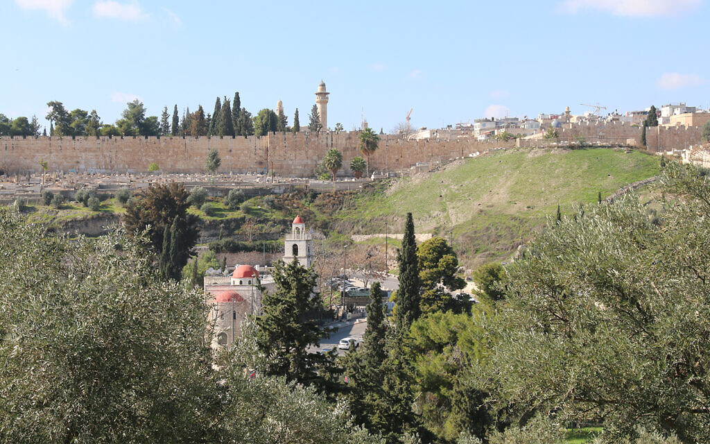 The Old City of Jerusalem, seen from the Mount of Olives. (Shmuel Bar-Am)