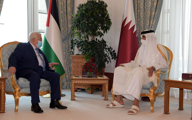 Palestinian Authority President Mahmoud Abbas meets with Qatari Emir Tamim bin Hamad Al Thani on Monday, December 15, 2020 (WAFA)