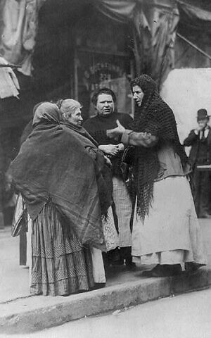 'East Side women discussing price of meat, NYC,' undated photo, from 'The Great Kosher Meat War of 1902.' (Library of Congress Prints and Photographs Division)