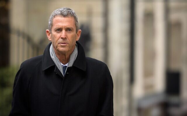 French-Israeli diamond magnate Beny Steinmetz comes back to Geneva's courthouse during his trial over allegations of corruption linked to mining deals in Guinea, on January 11, 2021, in Geneva. (Fabrice COFFRINI / AFP)