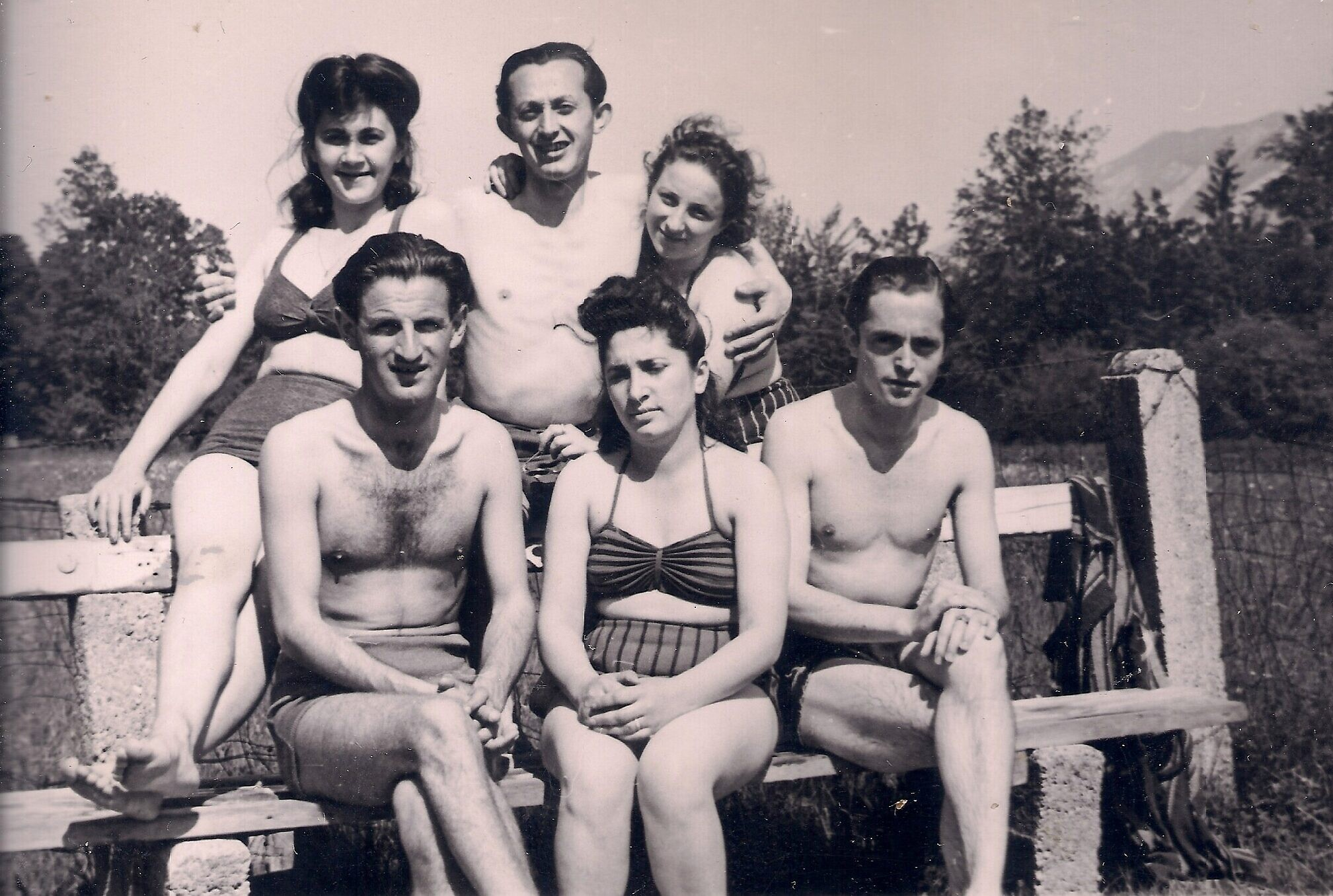 Joseph Dichek, bottom row left, at the Bad Reichenhall, Germany, displaced persons camp after the Holocaust. (Courtesy Bernard Dichek)