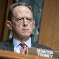 Sen. Pat Toomey, Republican-Pennsylvania, on Capitol Hill in Washington, December 10, 2020. (Sarah Silbiger/The Washington Post via AP)