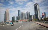 The empty roads of Tel Aviv during a nationwide lockdown, January 16, 2021. (Miriam Alster/FLASH90)