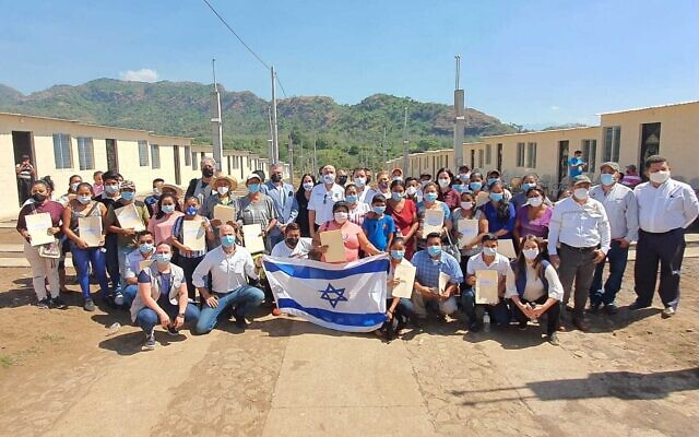 Ceremony after the Israeli Embassy in Guatemala completed the Guatelinda project of homes for families that lost their homes in the 2018 Fuego volcano disaster, January 31, 2020 (Courtesy)