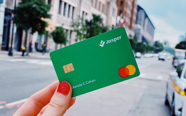 Jasper uses technology to safely issue credit cards to recent graduates and new immigrants who are creditworthy but rejected by existing lenders (Jasper)