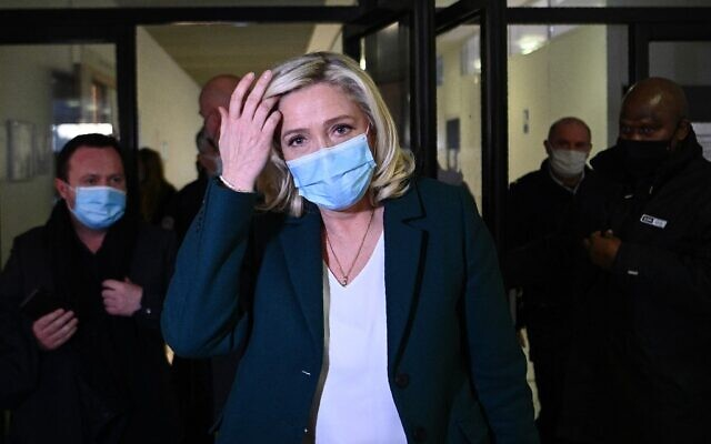 Head of far-right party Rassemblement National (RN) Marine Le Pen, after a hearing in her trial for tweeting in 2015 images of the Islamic State group's atrocities, leaves the courthouse in Nanterre, west of Paris on February 10, 2021.  (Christophe ARCHAMBAULT/AFP)