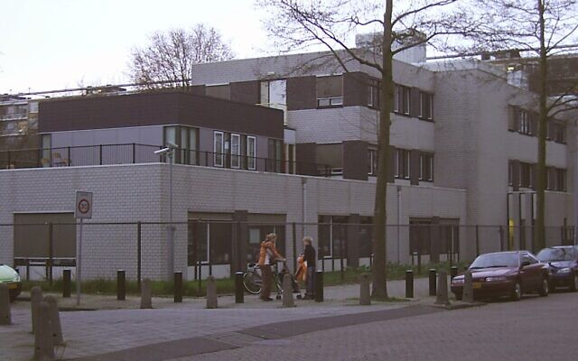 An Orthodox Cheider school in Amsterdam that has referred cases of alleged sexual abuse to Dutch police. (Creative Commons via JTA)
