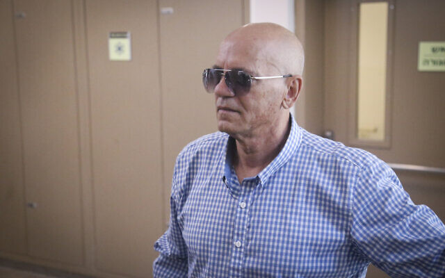 Danny Biton, father of famous Israeli singer Eyal Golan, at the District Court in Tel Aviv on April 29, 2015. (Flash90)