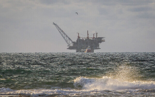View of the Israeli Leviathan gas field gas processing rig as it seen from Dor Habonim Beach Nature Reserve, on January 1, 2020. (Flash90)