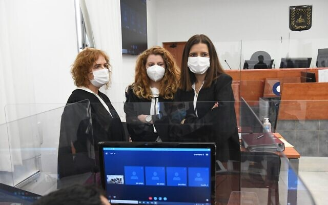 Prosecutor Liat Ben-Ari (left) with colleagues at the trial of Prime Minister Benjamin Netanyahu at the District Court in Jerusalem, February 8, 2021. (Reuven Kastro/POOL)