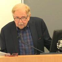 Jack Schwartz, veteran New York newsroom editor gives a talk on 26, September 2016 (Screen grab/YouTube)