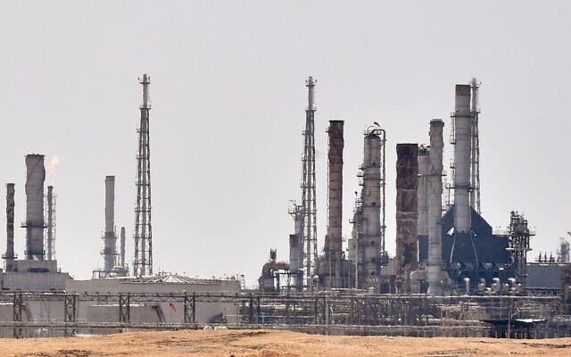 This file photo taken on September 15, 2019, shows an Aramco oil facility near al-Khurj area, just south of the Saudi capital Riyadh  (FAYEZ NURELDINE / AFP)