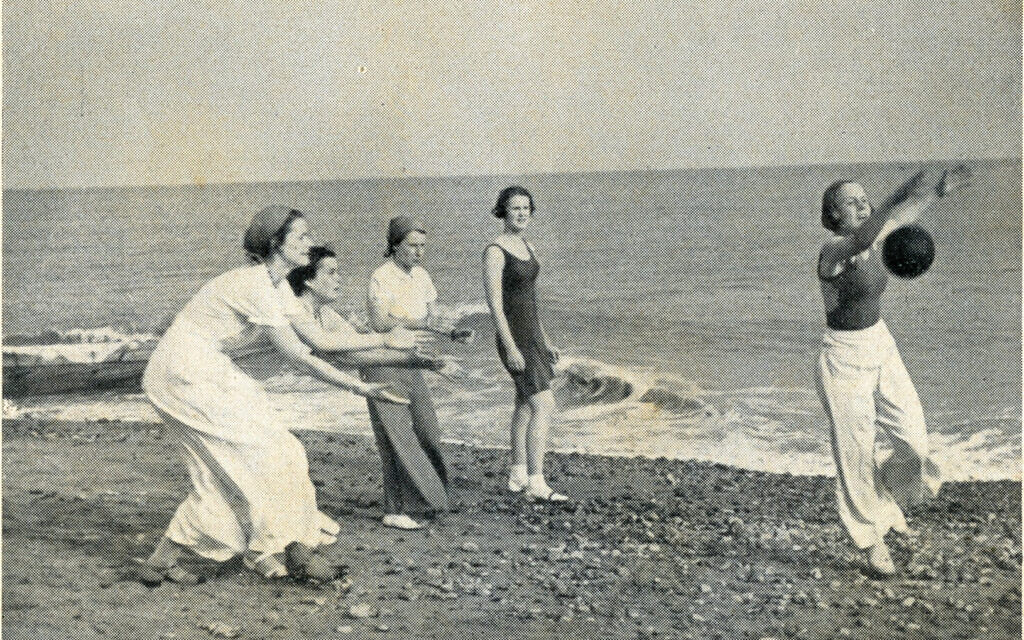 Augusta Victoria College students on beach at Bexhill-on Sea as seen in c. 1935 prospectus. (Courtesy of Bexhill Museum)