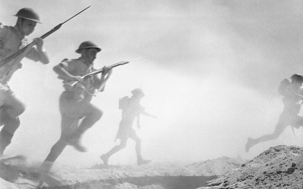 British infantrymen advance through the battlefield at El-Alamein in October 1942. (Sgt. Len Chetwyn/No 1 Army Film & Photographic Unit/Wikimedia)