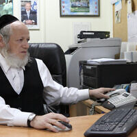 Yehuda Meshi-Zahav, chairman of the ZAKA emergency response organization, on February 4, 2010.  (Yaakov Naumi/Flash90)