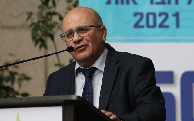 Health Ministry Director-General Chezy Levy speaks in Jerusalem on February 10, 2021 (Yonatan Sindel/Flash90)