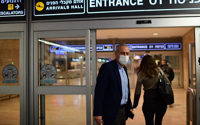 Coronavirus czar Nachman Ash at Ben Gurion Airport on March 1, 2021. (Tomer Neuberg/Flash90)