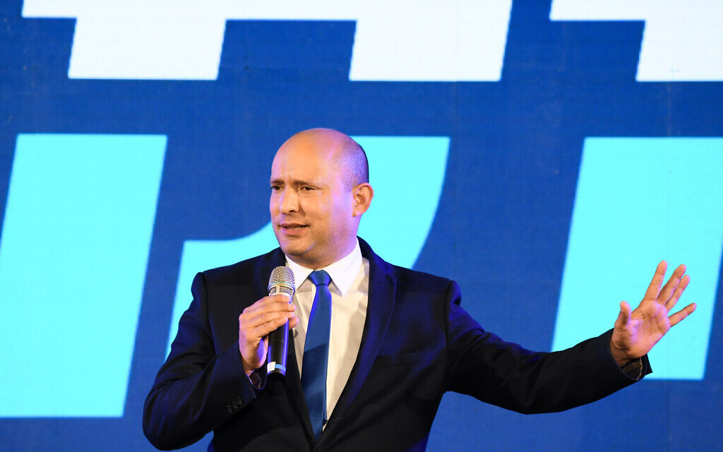 Yamina party leader Naftali Bennett seen during an election campaign event in the southern Israeli city of Sderot, March 17, 2021. (Yossi Zeliger/Flash90)