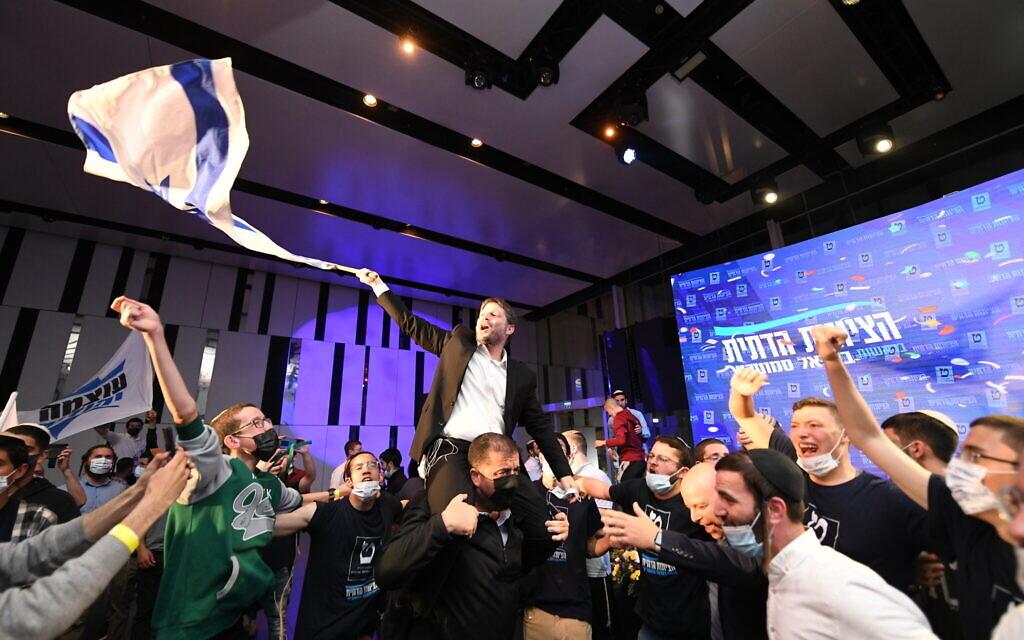 Religious Zionism head Bezalel Smotrich celebrates election results on March 23, 2021. (Sraya Diamant/Flash90)