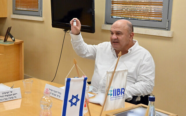 Director of the Institute of Biological Research, Prof. Shmuel Shapira, at the laboratory in Ness Ziona on August 6, 2020. (Ariel Hermoni/ Defense Ministry)