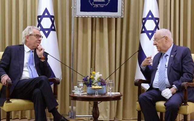 President Reuven Rivlin (R) hosts the new special UN coordinator for the Middle East peace process, Tor Wennesland, at the President's Residence in Jerusalem on March 21, 2021. (Mark Neyman, GPO)
