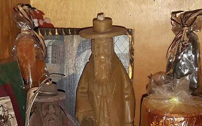 Candles depicting haredi Orthodox Jews are on sale in Poland. (Jewish.pl/Jan Gebert via JTA)