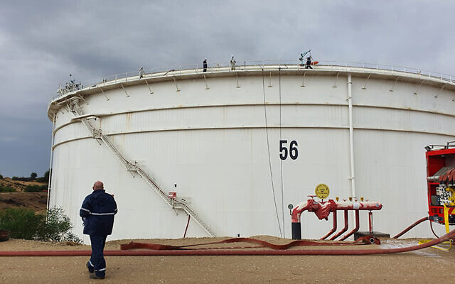 A fuel tank owned by a Europe Asia Pipeline Company factory just outside of the southern city of Ashkelon, where a fuel leak occurred in late November 2020. (Environmental Protection Ministry)