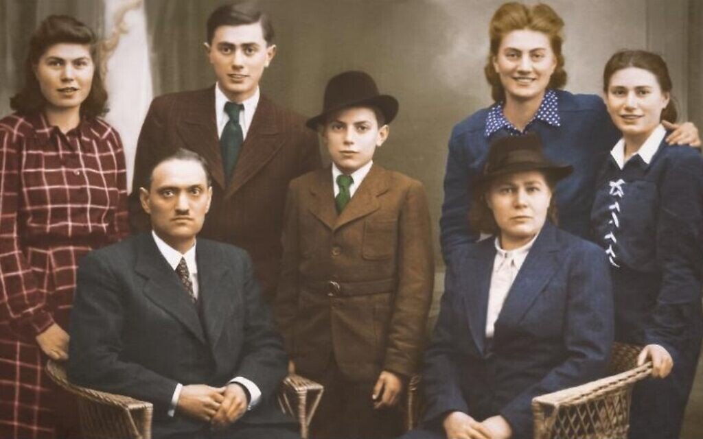 Berta Berkovich 'Betka' Kohút and her family in 1942, before she was deported to Auschwitz. Berta is standing, second from right (courtesy: Tom Areton)