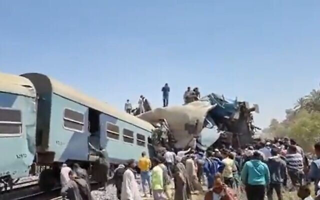 The scene of a collision between two trains in Egypt, March 26, 2020 (Screen grab/Twitter)