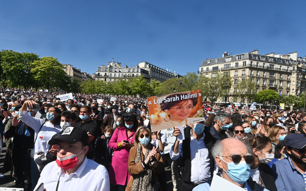 About 20,000 people showed up for the main Justice for Sarah Halimi rally in Paris, April 25, 2021. (Cnaan Liphshiz/ JTA)