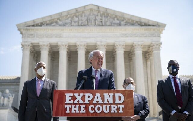 From left to right: Democratic Representative Hank Johnson of Georgia, Democratic Senator Ed Markey of Massachusetts, House Judiciary Committee Chairman Jerrold Nadler of New York and Democratic Representative Mondaire Jones of New York hold a press conference in front of the US Supreme Court to announce legislation to expand the number of seats on the Supreme Court, on April 15, 2021, in Washington. (Drew Angerer/Getty Images/AFP)