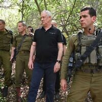 Defense Minister Benny Gantz (C) touring the Lebanese border area with senior IDF commanders, April 20, 2021. (Ariel Hermony/Defense Ministry)