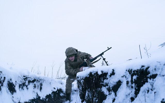 Russia Massing Troops on Border, Ukraine Warns