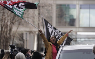 People cheer after a guilty verdict was announced at the trial of former Minneapolis police Officer Derek Chauvin for the 2020 death of George Floyd, April 20, 2021, in Minneapolis, Minnesota. (AP Photo/Morry Gash)
