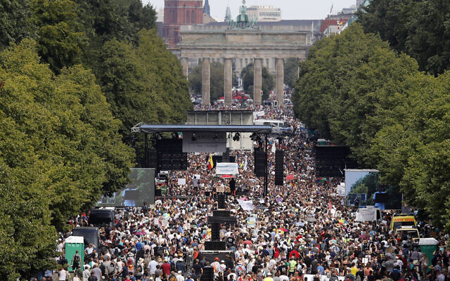 People gather for a demonstration with the slogan 'The end of the pandemic - freedom day' - against coronavirus restrictions in Berlin, Germany, August 1, 2020. (AP/Markus Schreiber)