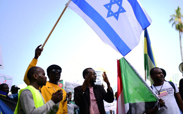 Sudanese demonstrate in support of their people in Sudan, in south Tel Aviv, on April 13, 2019. (Tomer Neuberg/ Flash90 /File)
