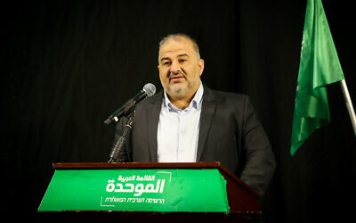 Ra'am party leader Mansour Abbas speaks during a press conference in Nazareth, April 1, 2021. (David Cohen/Flash90)
