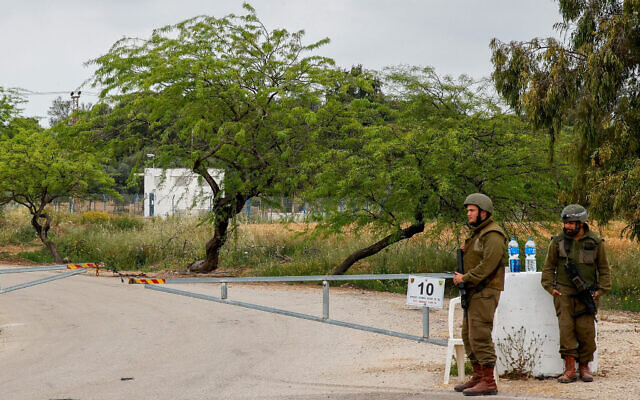 Israeli soldiers block a road near the Gaza border on April 24, 2021 (Flash90)