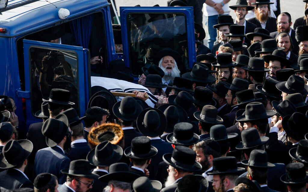 Hundreds of ultra-Orthodox Jews attend the funeral of Yehuda Lev Lubin in Jerusalem, one of the victims of the Meron tragedy, where 45 people were crushed to death in Meron, northern Israel, April 30, 2021. (Olivier Fitoussi/Flash90)