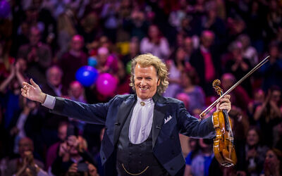 Dutch violinist Andre Rieu announced his rescheduled Tel Aviv concerts for November 2021. (Courtesy André Rieu Productions)